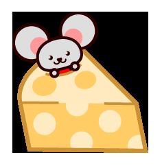 チーズ食べるネズミ